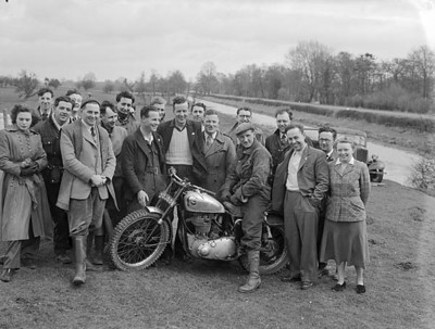 Queenshead_Scramble_1955_with_Jeff_Smith.jpg